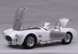 Model Factory Hiro 1/12 Automodellbausatz K502 Cobra 427 (1965) Version B