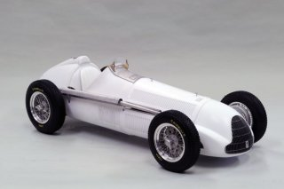 Model Factory Hiro 1/12 car model kit Alfa K519 Tipo158 (1950) Version A