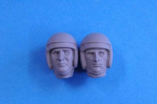 Model Factory Hiro 1/12 figure kit 1080 Chris Amon  type 3  (standing)