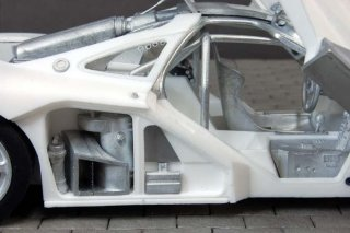 Model Factory Hiro 1/24 car model kit K359 McLaren F1 GTR Version B