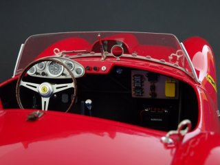 Customer Sale: 1/12 car model Ferrari Testa Rossa (1958)