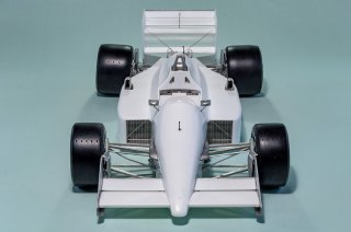 Model Factory Hiro 1/12 Automodellbausatz K634 Lotus 99T (1987) Version (A)