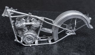 Model Factory Hiro 1/9 motorcycle kit K638 Harley Davidson Knucklehead (1947)