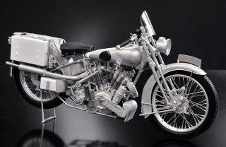 Model Factory Hiro 1/9 K662 Motorradbausatz Brough Superior SS100 (1926)