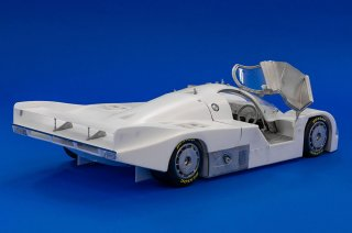 Model Factory Hiro 1/12 car model kit K678 Porsche 962C (1986) Version A
