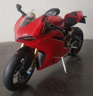Customer Sale: 1/4 motorcycle model Autograph / Pocher Ducati Panigale 1299 S 1/4