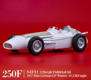 Model Factory Hiro 1/20 Automodellbausatz K717 Maserati 250F (1957) Version C