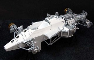 Model Factory Hiro 1/12 car model kit K346 Lotus 97T (version A - Portuguese GP 1985)