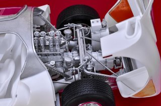 Model Factory Hiro 1/12 car model kit K773 Alfa Romeo 33 Stradale (1967)