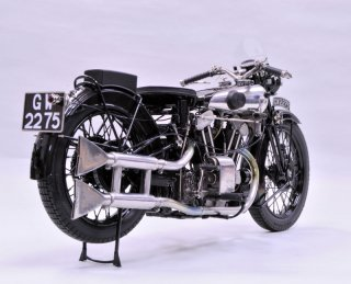 Model Factory Hiro 1/9 motorcycle kit K485 Brough Superior SS100 (1934)
